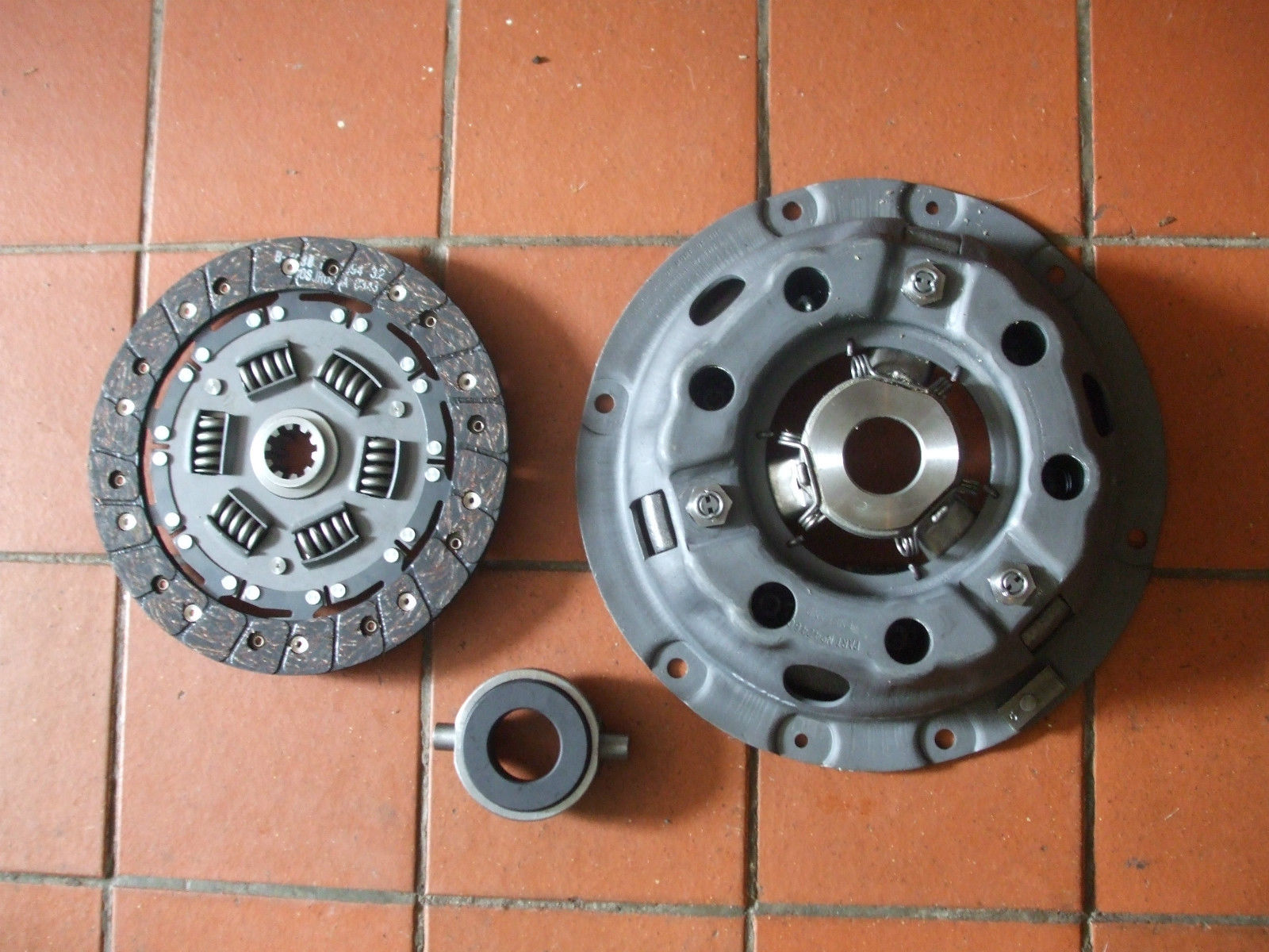 CLUTCH KIT (MG YA Late & YB) (**See Eng No**) (From 1950- 53)