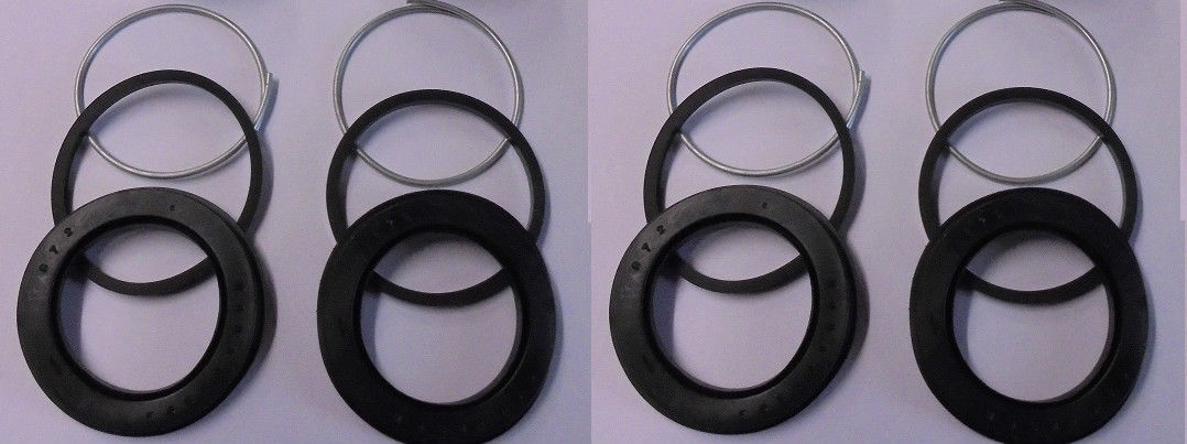 REAR BRAKE CALIPER REPAIR SEALS KITS x2 (Daimler DS420 Limo) (** From Oct 75- 92 **)