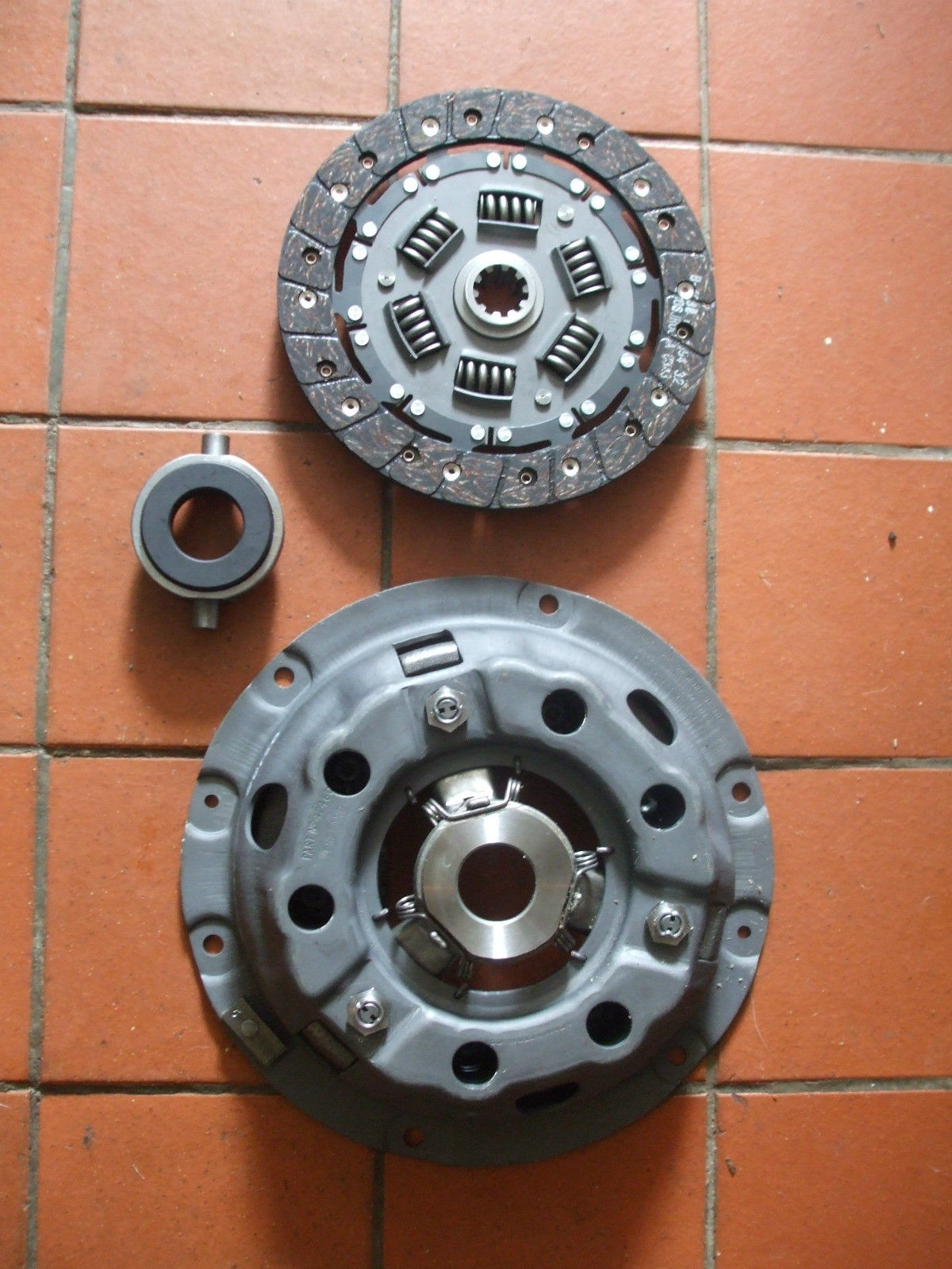 CLUTCH KIT (Austin A50 & A55 Cambridge) (1954- 61 Only)