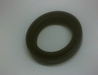 GEARBOX REAR OIL SEAL x1 (Sunbeam Rapier & H120) (** Automatic **) (1967- 76)
