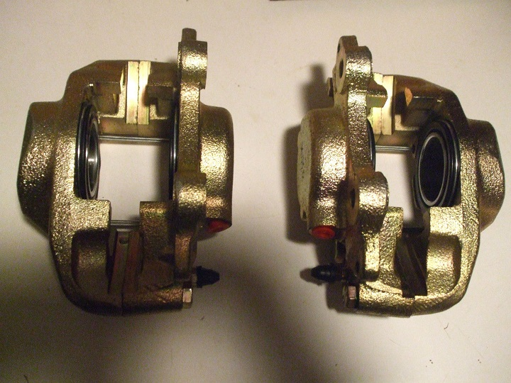 FRONT BRAKE CALIPERS x2 (Wolseley 18/85) (Mar 1972- 75)  ** METRIC **