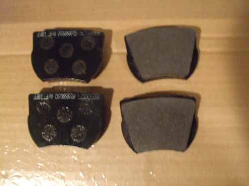 FRONT BRAKE PADS SET (Ford Consul Corsair 1500) (120e & GT) (1963- Aug 65)