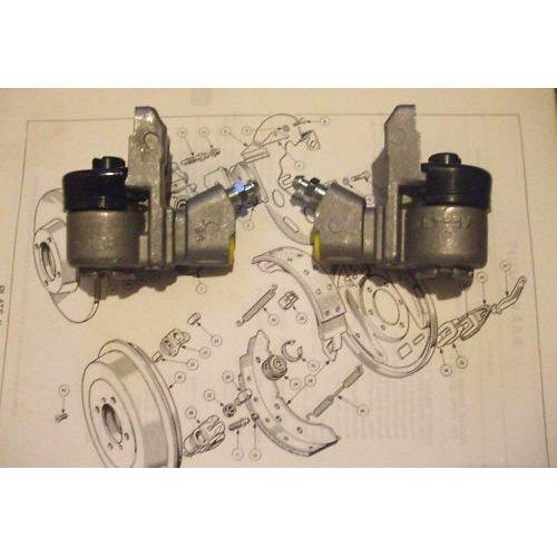 REAR BRAKE WHEEL CYLINDERS x2 (Triumph TR3) (Ch. TS15332- TS33893)