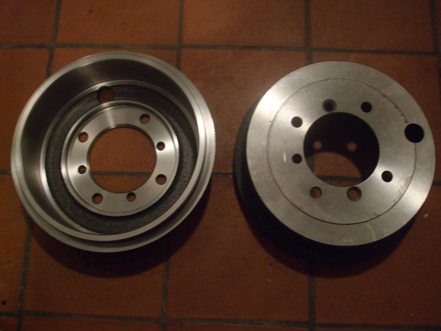 BRAKE DRUMS x2 (Austin Healey Frogeye Sprite) (Front or Rear) (1958- 61)