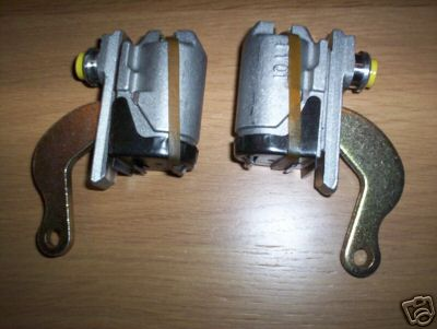 REAR BRAKE WHEEL CYLINDERS x2 (MG Midget Mk1) (*Early Type Brakes*) (1961- 63)