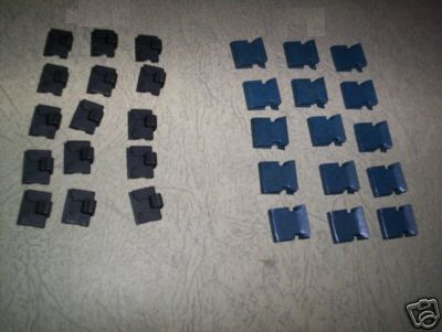 DOOR GLASS SEALS WEATHERSTRIPS CLIPS x28 (Triumph Spitfire & GT6)