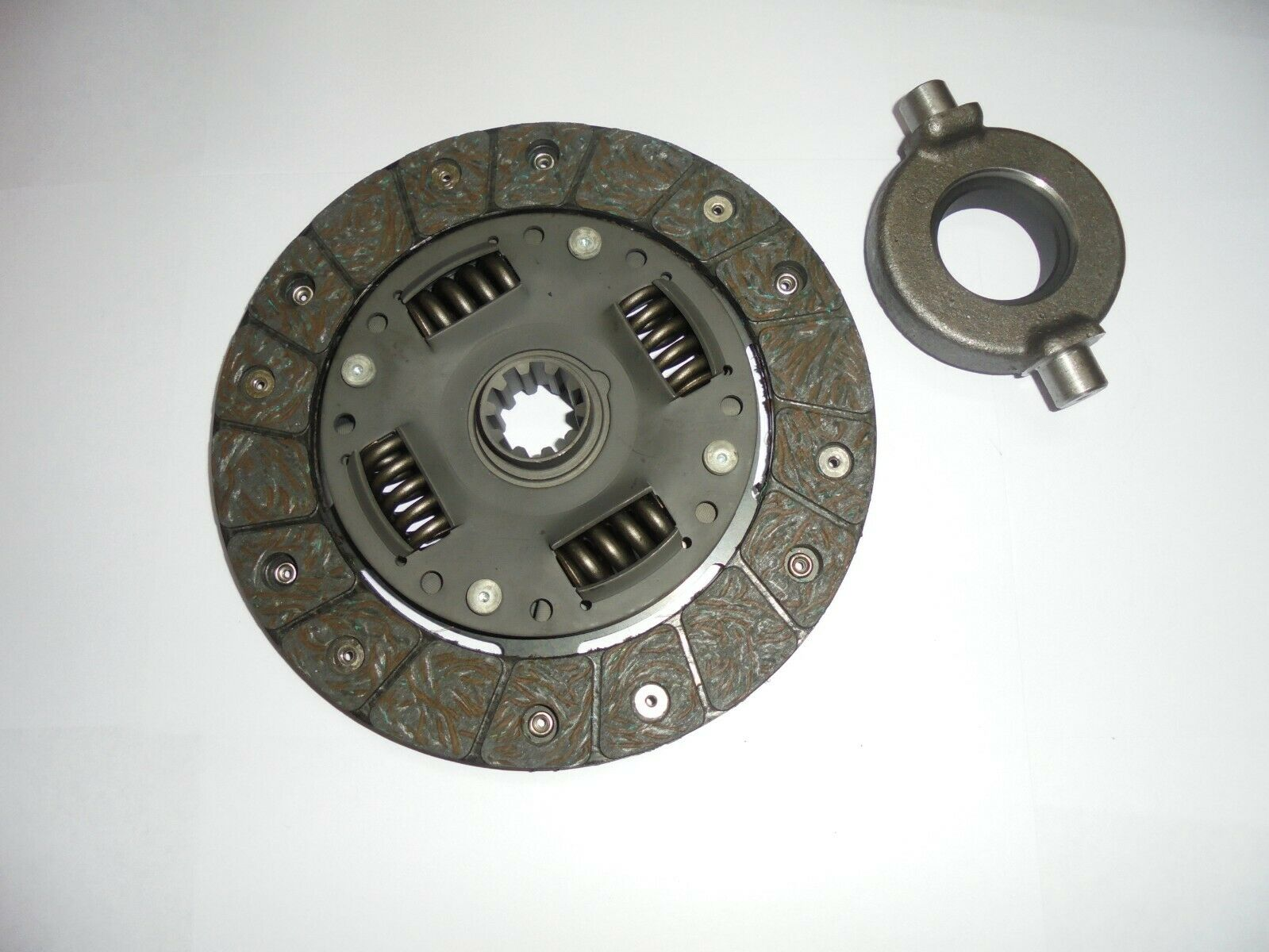 CLUTCH PLATE & RELEASE BEARING (MG Midget Mk1) (948cc) (1961- Oct 62 Only)