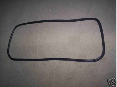 FRONT WINDSCREEN RUBBER SCREEN SEAL (Triumph Spitfire & GT6) (1970 Onwards)