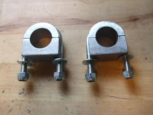 ALLOY SOLID STEERING RACK MOUNTS x2 (Triumph Herald & Vitesse) (1959- 71)