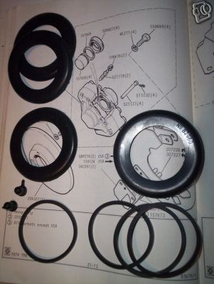 FRONT BRAKE CALIPER REPAIR SEALS KITS x2 (Triumph TR4a, TR5 & TR6)  (** 16P **) (1965- 76)