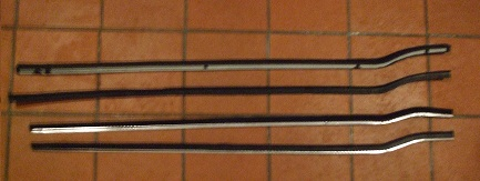 DOOR TOP SCRAPERS GLASS SEALS WEATHERSTRIPS x4 (Triumph TR4, TR4a, TR5, TR6)