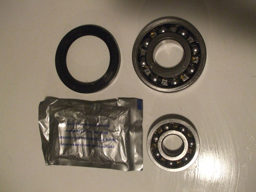 FRONT WHEEL HUB BEARING KIT x1 (MG TD TF) (1950- 55)