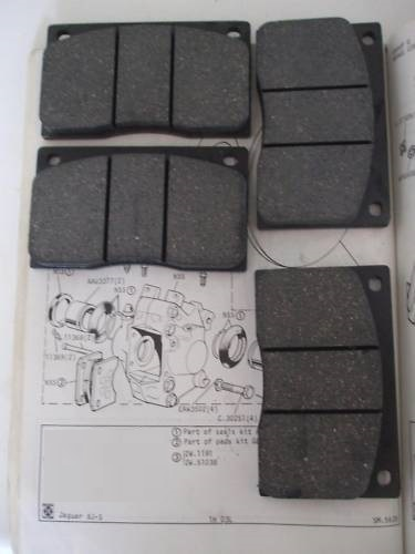 FRONT BRAKE PADS SET (Daimler DS420 Limo) (** From Feb 78- 92 **)