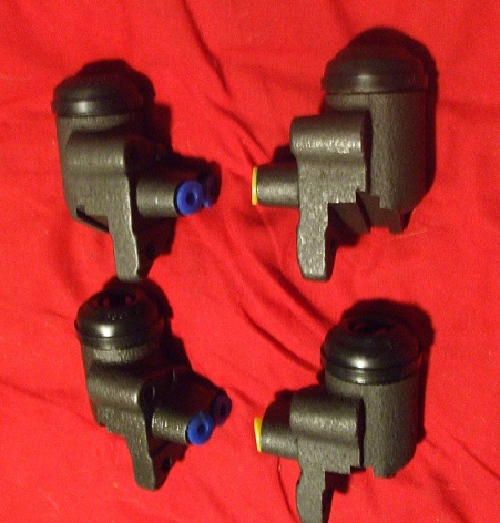 FRONT BRAKE WHEEL CYLINDERS x4 (Ford 400e Thames Van) (1957- 65)