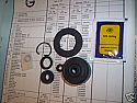 CLUTCH MASTER CYLINDER SEALS REPAIR KIT (Triumph TR6) (** Jan 69- Dec 69 Only **)