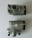 FRONT BRAKE WHEEL CYLINDERS x2 (Humber Imperial) (Mk2, Mk3 & Mk4) (1948- 54)