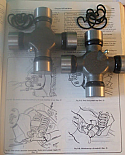 HALFSHAFT UNIVERSAL JOINTS x2 (Daimler DS420 Limo) (1968- 92)