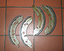 FRONT BRAKE SHOES SET (MG Midget) (1962- 64)